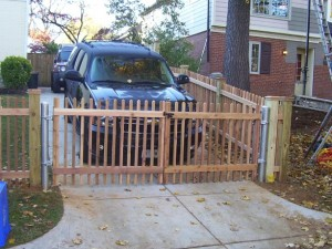 2 x 2 picket Fence with metal
