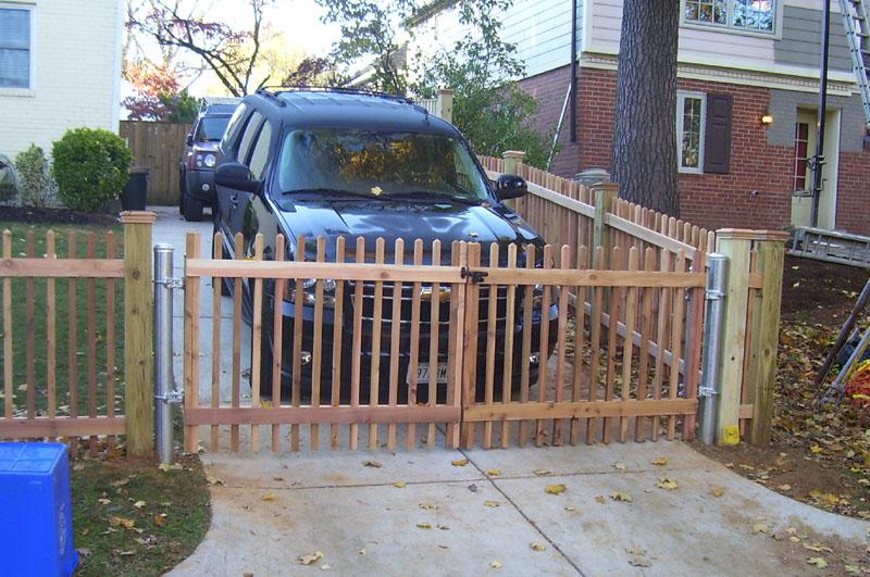 Custom fence phoenix and deck gaithersburg