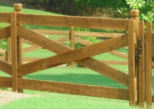 Four Rail Estate Fence with wire mesh for protecting pets