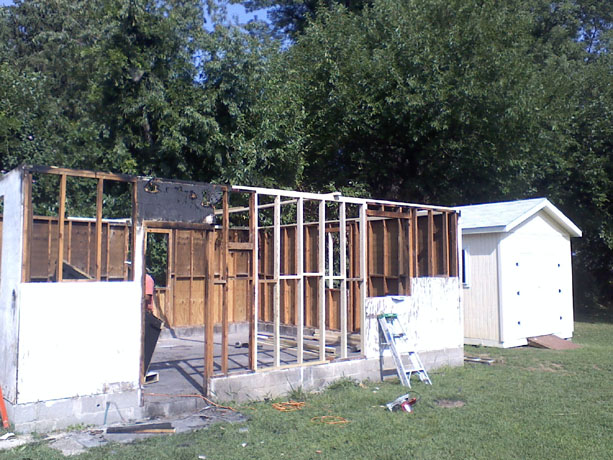 Restoring a detached garage: Framing work