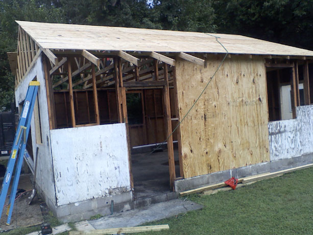 Restoring a detached garage: Roofing Work