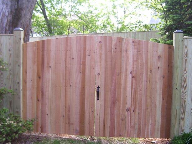 Double cedar gate